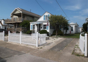 235 4 ST, Brigantine, New Jersey 08203, 4 Bedrooms Bedrooms, 8 Rooms Rooms,Rental non-commercial,For Rent,4 ST,489141
