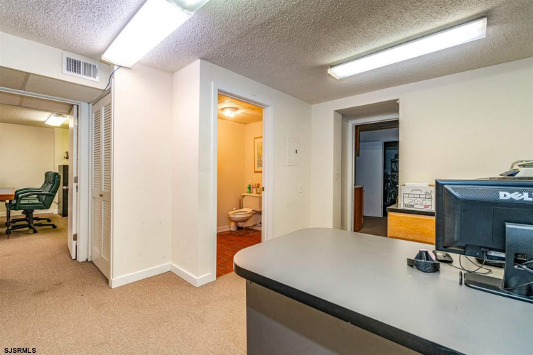 209 West, Ocean City, New Jersey 08226, ,Commercial/industrial,For Sale,West,544211