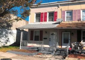 815 N. Michigan Avenue, Atlantic City, New Jersey 08401, 2 Bedrooms Bedrooms, 6 Rooms Rooms,Rental non-commercial,For Rent,N. Michigan Avenue,546271