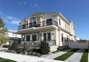 11 Kenyon, Margate, New Jersey 08402, 4 Bedrooms Bedrooms, 8 Rooms Rooms,Rental non-commercial,For Rent,Kenyon,546291
