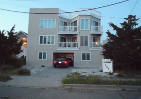 407 36 ST, Brigantine, New Jersey 08203, 3 Bedrooms Bedrooms, 5 Rooms Rooms,Rental non-commercial,For Rent,36 ST,446346