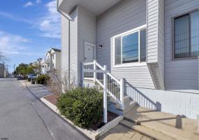 1301 Haven Ave, Ocean City, New Jersey 08226, 3 Bedrooms Bedrooms, 8 Rooms Rooms,Condominium,For Sale,Haven Ave,546354
