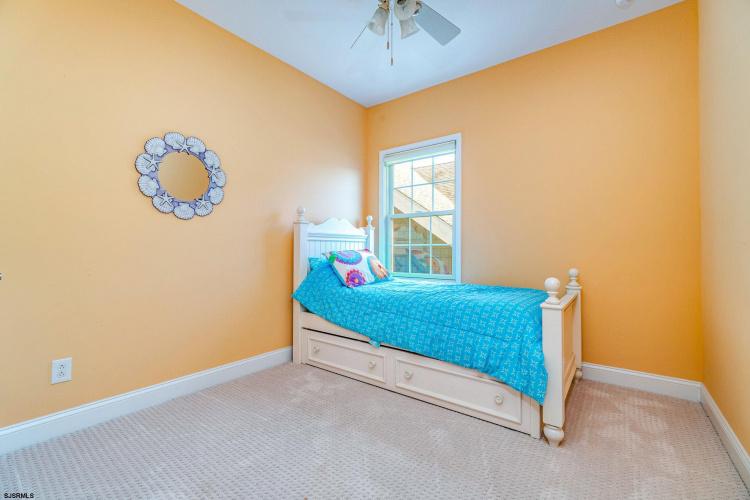 800 Third, Ocean City, New Jersey 08226, 4 Bedrooms Bedrooms, 9 Rooms Rooms,Condominium,For Sale,Third,546610