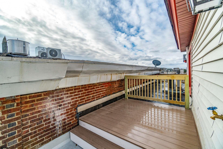 409 8th, Ocean City, New Jersey 08226, 2 Bedrooms Bedrooms, 5 Rooms Rooms,Condominium,For Sale,8th,547008