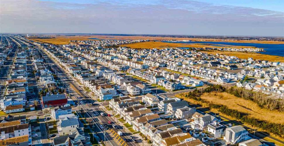 2838 West, Ocean City, New Jersey 08226, 4 Bedrooms Bedrooms, 9 Rooms Rooms,Condominium,For Sale,West,547154