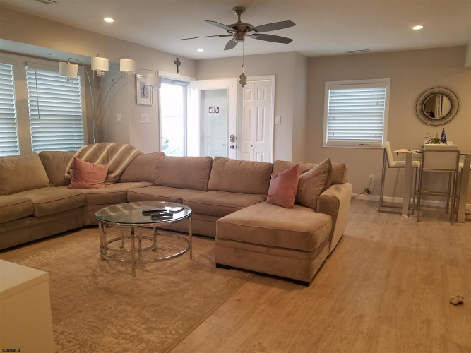 516 Somerset, Ventnor Heights, New Jersey 08406, 3 Bedrooms Bedrooms, 6 Rooms Rooms,Residential,For Sale,Somerset,547256