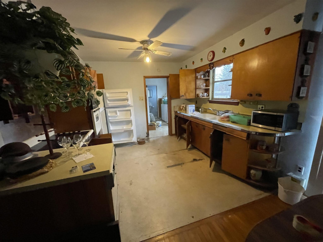 301 Revere Ave, Northfield, New Jersey 08225, 3 Bedrooms Bedrooms, 6 Rooms Rooms,Residential,For Sale,Revere Ave,547584