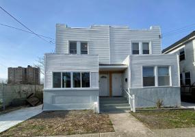 342 Delaware, Atlantic City, New Jersey 08401, 3 Bedrooms Bedrooms, 7 Rooms Rooms,Residential,For Sale,Delaware,547604