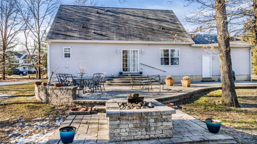 410 11th St, Hammonton, New Jersey 08037, 3 Bedrooms Bedrooms, 10 Rooms Rooms,Residential,For Sale,11th St,547614