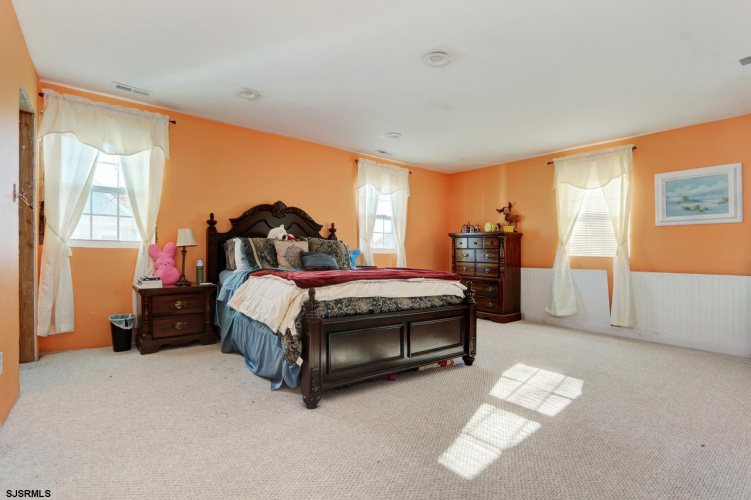 20 Main, Cape May Court House, New Jersey 08210, 6 Bedrooms Bedrooms, 14 Rooms Rooms,Residential,For Sale,Main,543782