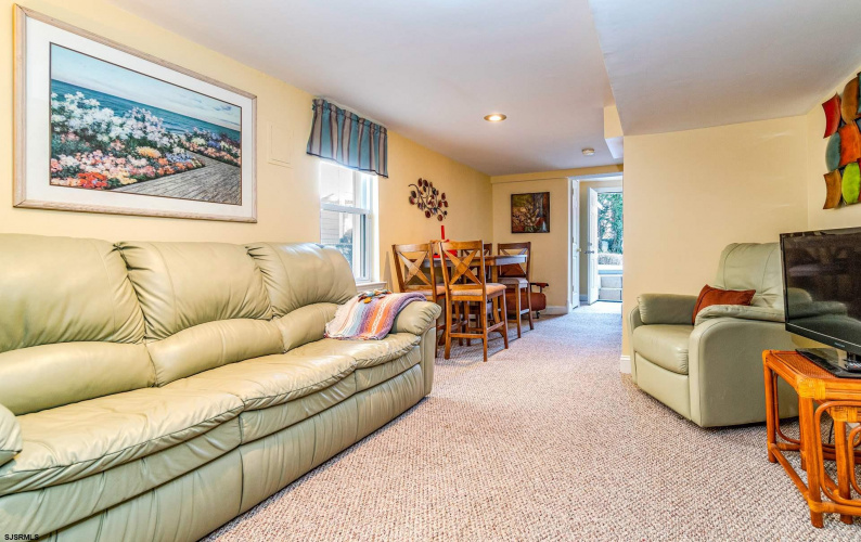 106 Gibbs, Somers Point, New Jersey 08244, 4 Bedrooms Bedrooms, 9 Rooms Rooms,Residential,For Sale,Gibbs,547890