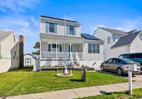 47 Heald, Brigantine, New Jersey 08203, 3 Bedrooms Bedrooms, 9 Rooms Rooms,Residential,For Sale,Heald,549333