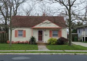202 Plaza Pl, Pleasantville, New Jersey 08232, 2 Bedrooms Bedrooms, 6 Rooms Rooms,Residential,For Sale,Plaza Pl,549350