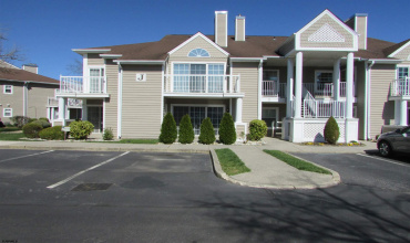550 Central, Linwood, New Jersey 08221-1332, 2 Bedrooms Bedrooms, 6 Rooms Rooms,Condominium,For Sale,Central,549372