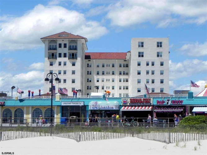 719 11th penthouse, Ocean City, New Jersey 08226-9999, 3 Bedrooms Bedrooms, 10 Rooms Rooms,Condominium,For Sale,11th penthouse,550126