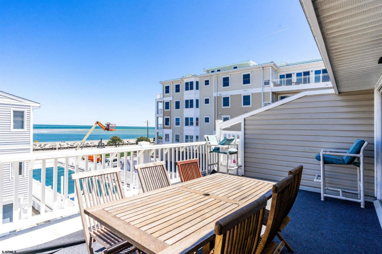 129 Spruce Unit B, North Wildwood, New Jersey 08260, 3 Bedrooms Bedrooms, 6 Rooms Rooms,Condominium,For Sale,Spruce Unit B,550173