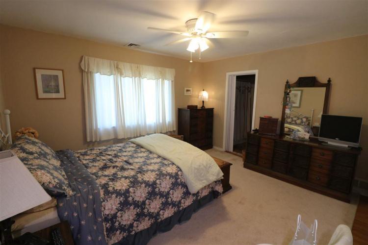 800 Surrey, Ventnor, New Jersey 08406, 4 Bedrooms Bedrooms, 9 Rooms Rooms,Condominium,For Sale,Surrey,550175