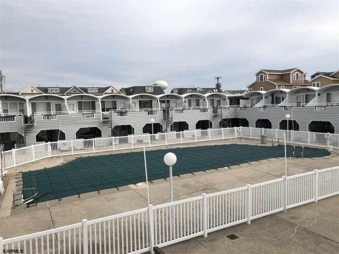 9510 Amherst, Margate, New Jersey 08402, 1 Bedroom Bedrooms, 2 Rooms Rooms,Rental non-commercial,For Rent,Amherst,550119