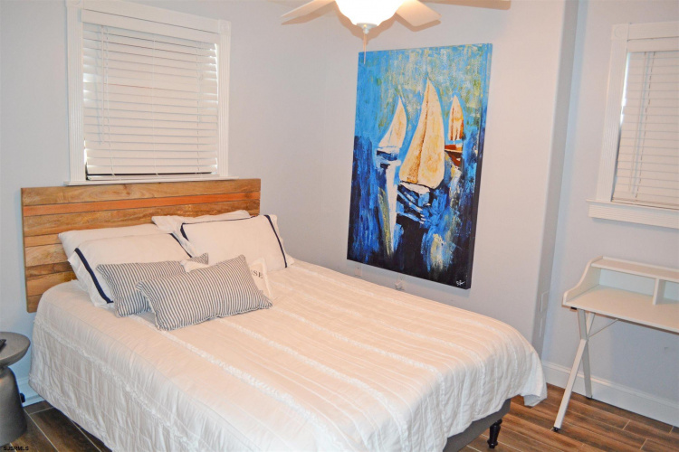 127 Washington, Margate, New Jersey 08402, 2 Bedrooms Bedrooms, 4 Rooms Rooms,Rental non-commercial,For Rent,Washington,550154