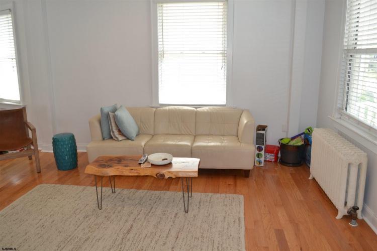 25 Newton, Atlantic City, New Jersey 08401, 3 Bedrooms Bedrooms, 6 Rooms Rooms,Rental non-commercial,For Rent,Newton,550190