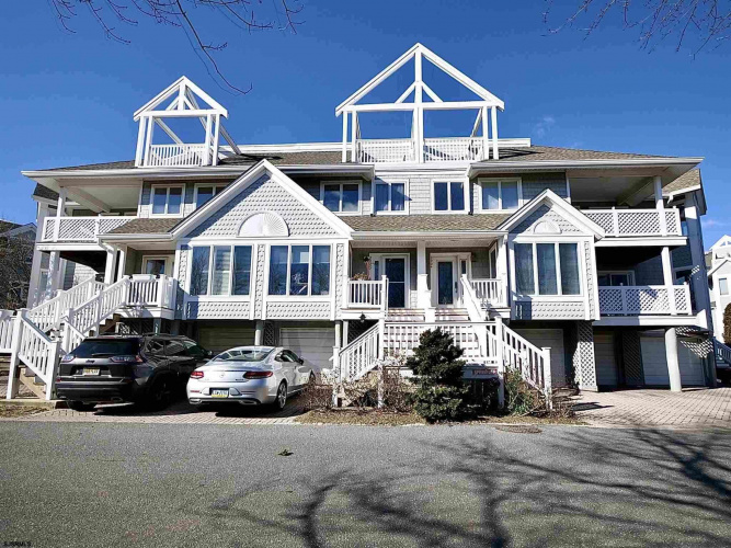 1908 East, Ventnor, New Jersey 08406, 3 Bedrooms Bedrooms, 9 Rooms Rooms,Rental non-commercial,For Rent,East,550203