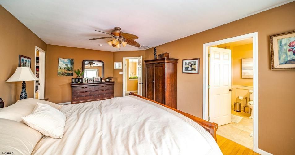 512 Garfield, Linwood, New Jersey 08221, 4 Bedrooms Bedrooms, 10 Rooms Rooms,Residential,For Sale,Garfield,550753