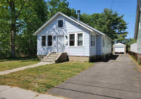 420 Reading Ave, Pleasantville, New Jersey 08225-9999, 3 Bedrooms Bedrooms, 7 Rooms Rooms,Residential,For Sale,Reading Ave,551450