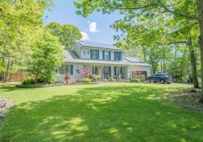 5 Lauradell, Seaville, New Jersey 08230, 4 Bedrooms Bedrooms, 13 Rooms Rooms,Residential,For Sale,Lauradell,551464
