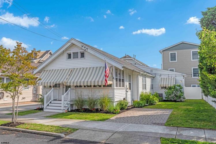 811 Stenton Pl, Ocean City, New Jersey 08226, 4 Bedrooms Bedrooms, 8 Rooms Rooms,Residential,For Sale,Stenton Pl,551467
