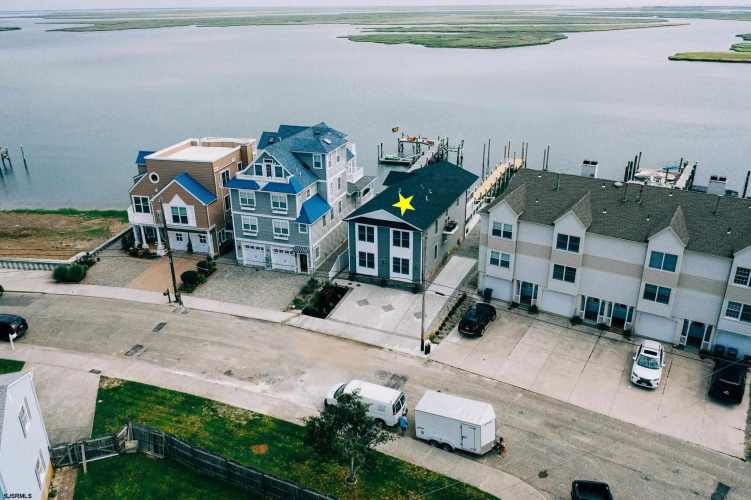 1105 Shore, Brigantine, New Jersey 08203, 3 Bedrooms Bedrooms, 6 Rooms Rooms,Condominium,For Sale,Shore,552634