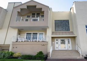 9101 Atlantic, Margate, New Jersey 08402, 2 Bedrooms Bedrooms, 6 Rooms Rooms,Condominium,For Sale,Atlantic,552693