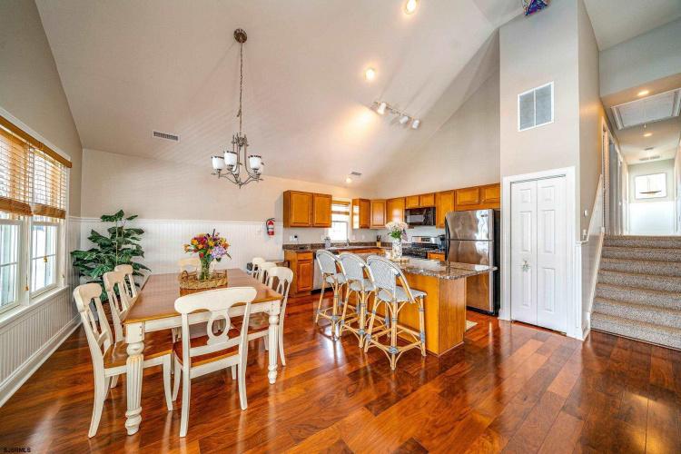 1659 Asbury, Ocean City, New Jersey 08226, 4 Bedrooms Bedrooms, 9 Rooms Rooms,Condominium,For Sale,Asbury,552713
