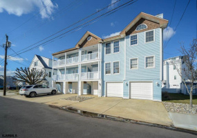 325 17th St, Ocean City, New Jersey 08226, 3 Bedrooms Bedrooms, 6 Rooms Rooms,Condominium,For Sale,17th St,552721