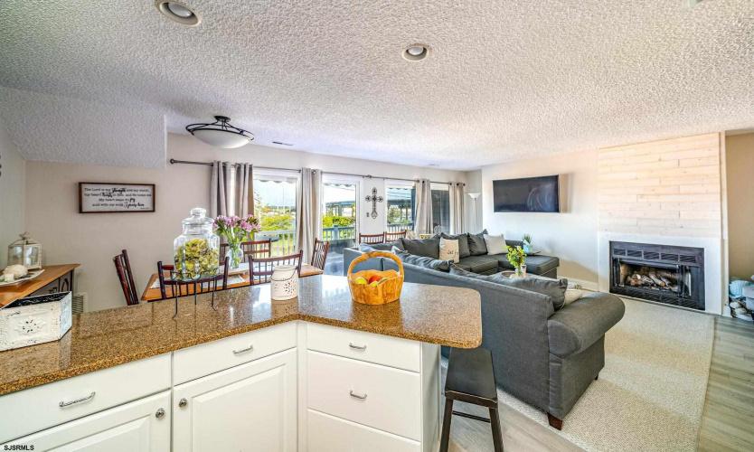 715 Periwinkle, Ocean City, New Jersey 08226, 3 Bedrooms Bedrooms, 8 Rooms Rooms,Condominium,For Sale,Periwinkle,553026