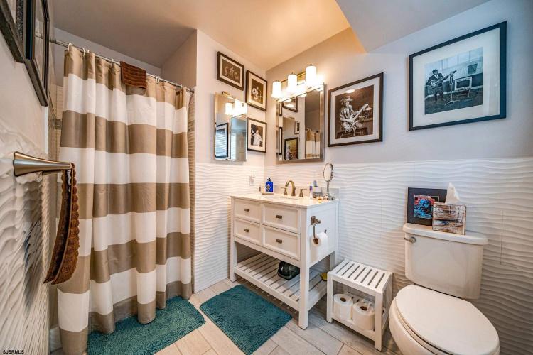 5061 West, Ocean City, New Jersey 08226, 3 Bedrooms Bedrooms, 7 Rooms Rooms,Condominium,For Sale,West,553135