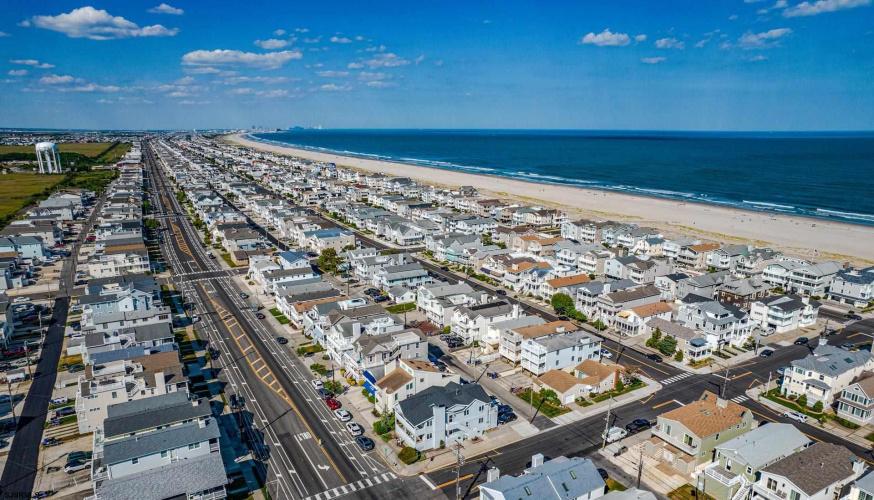 5063 West, Ocean City, New Jersey 08226, 3 Bedrooms Bedrooms, 7 Rooms Rooms,Condominium,For Sale,West,553136