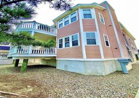 637 Bay, Ocean City, New Jersey 08226, 3 Bedrooms Bedrooms, 5 Rooms Rooms,Condominium,For Sale,Bay,554224