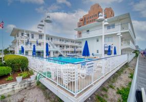 111 Dudley, Ventnor, New Jersey 08406, 1 Bedroom Bedrooms, 3 Rooms Rooms,Condominium,For Sale,Dudley,554281