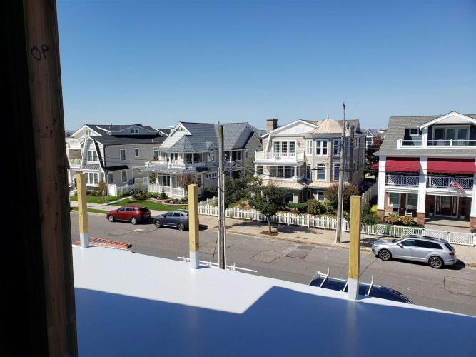 1911 Wesley, Ocean City, New Jersey 08226-2833, 5 Bedrooms Bedrooms, 10 Rooms Rooms,Condominium,For Sale,Wesley,555893