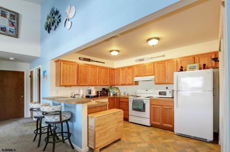2 Heather Croft, Egg Harbor Township, New Jersey 08234, 2 Bedrooms Bedrooms, 5 Rooms Rooms,Condominium,For Sale,Heather Croft,555937