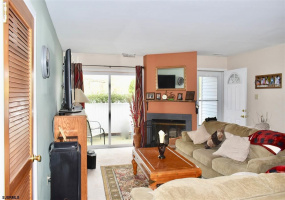 43 Heather Croft, Egg Harbor Township, New Jersey 08234, 2 Bedrooms Bedrooms, 5 Rooms Rooms,Condominium,For Sale,Heather Croft,555948